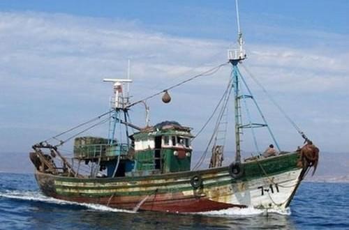 Naufrage d'un bateau de pêche à Tanger