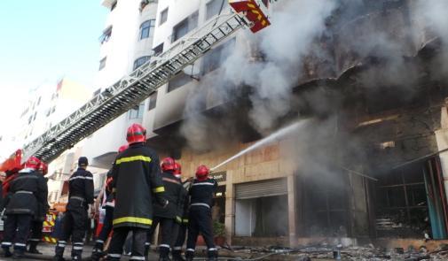 Casablanca: gigantesque incendie dans une usine